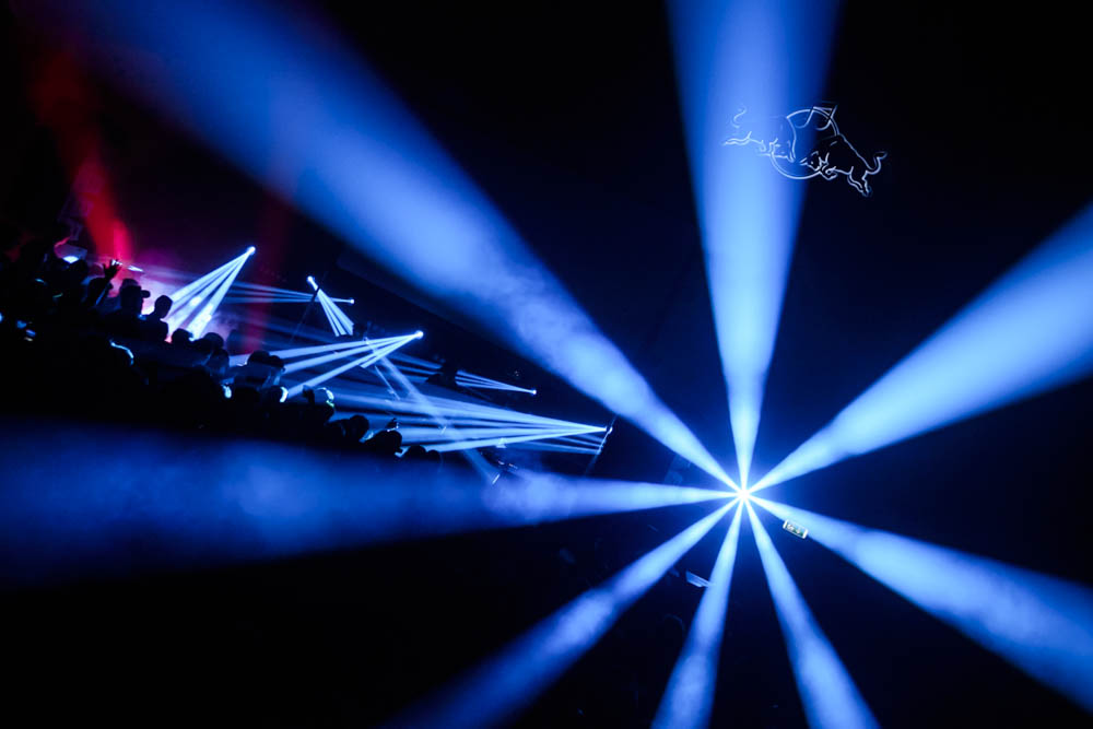 Spectacular light displays at the Red Bull Music Academy stage - Distortion Ø