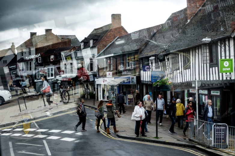 Stratford-Upon-Avon, aka the home of Shakespeare. We spent 2 hours in this pretty little town, mostly hunting down lunch.